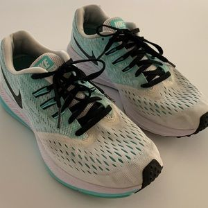 Nike Zoom Winflo 4 Running shoes Sneakers Size 7